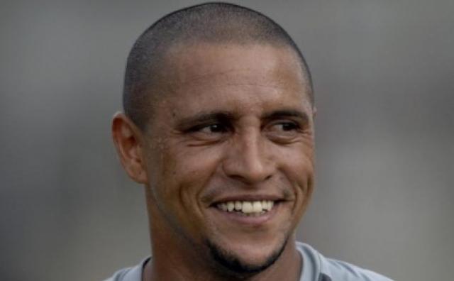 Roberto Carlos raccroche les crampons