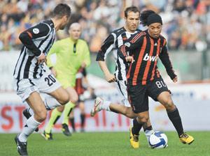 L'AC Milan conforte facilement sa 3ème place
