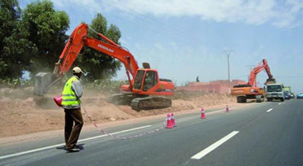 Guelmim : Une enveloppe de plus de 870 MDH pour le 2ème programme national des routes rurales