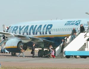Transport : Ryanair attaquée en justice
