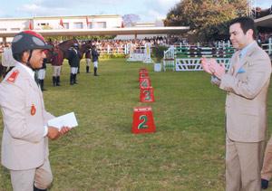Le Commandant Hassan Jabri récompensé