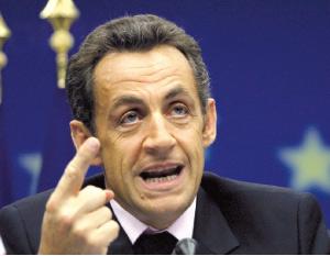 Nicolas Sarkozy accusé de régenter les grands médias