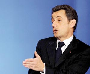 La mauvaise fortune de Sarkozy excite les appétits à droite