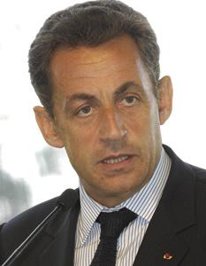 Sarkozy tente de reprendre ses fondamentaux