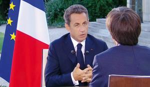 Nicolas Sarkozy reste droit dans ses bottes