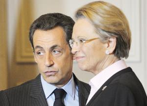 Nicolas Sarkozy sacrifie Michèle Alliot-Marie