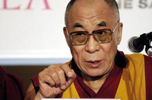 Sarkozy ose le dalaï-lama et provoque l'ire des Chinois