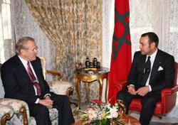 Rumsfeld : Coopérer pour éliminer le terrorisme