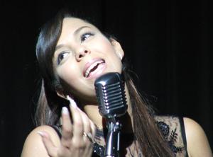 Sofia Mountassir : «Peu importe le style, tous les rythmes m'entraînent»