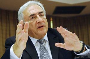 Dominique Strauss-Kahn, le pape des sondages