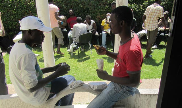 La campagne de régularisation des sans-papiers est lancée : Fini la clandestinité ?