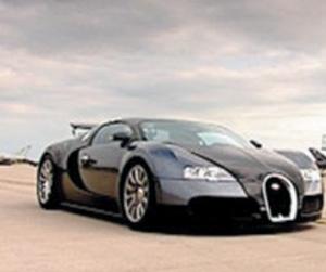 La Bugatti Veyron s'attaque à l'Eurofighter Typhoon