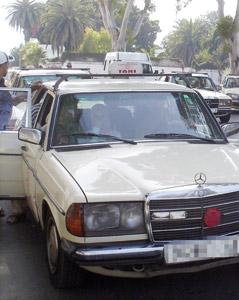 Un faux chauffeur de taxi agressait les clients