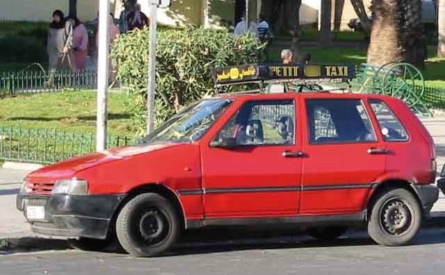 Les personnes à besoins spécifiques propriétaires d agréments de taxi s organisent