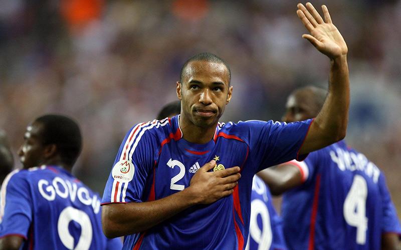 Football : Thierry Henry annonce sa retraite