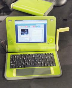 High-tech : Le PC à 100 $ produit à partir de 2007