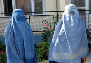 La burqa gâche les fêtes de Noël de Sarkozy
