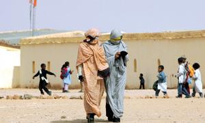 Camps de Tindouf : des centaines de filles mineures forcées au mariage  avec des mercenaires