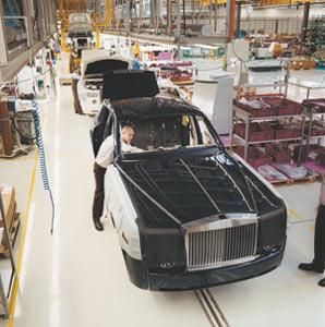 Le label de luxe Rolls-Royce rattrapé à son tour par la crise