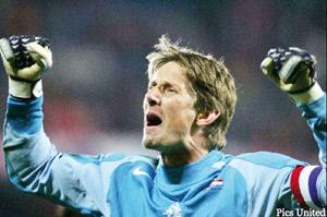 Van der Sar de retour à Oranje, pour un dépannage