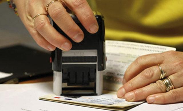 La France assouplit le régime des visas de court séjour