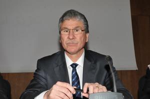 Lhoussaine Louardi : «Les détenteurs de la carte doivent absolument passer par les centres de santé»