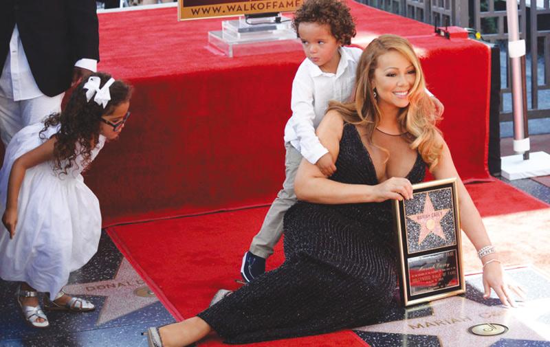 Les enfants de Mariah Carey lui volent la vedette sur le Walk of Fame