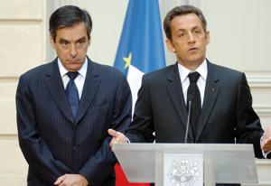 Sarkozy corrige Fillon sur la sortie de crise