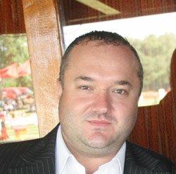 Carlos Peirat : «Il faut investir pour les stars»