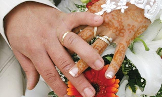 Les Marocains de plus en plus  emballés par le mariage : 364.367 en 2011 contre 325.212 en 2010