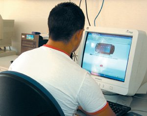 High-tech : Le coeur d'Internet attaqué par des pirates