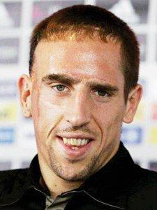 Football : l'international français Franck Ribéry décidera de son avenir