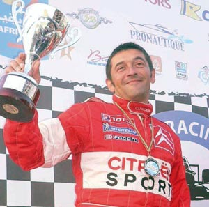 Circuit de Bouskoura : Jacques Poulain triomphe sur Citroën C2