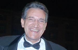 Haj Younès : «Je me sens très à l'aise avec les fous»