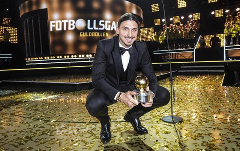 Football : Zlatan Ibrahimovic remporte son dixième Ballon d'or suédois