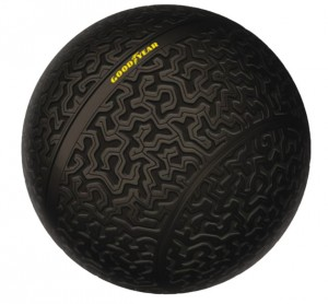 Salon-de-Geneve-Goodyear-pneu-spherique-1