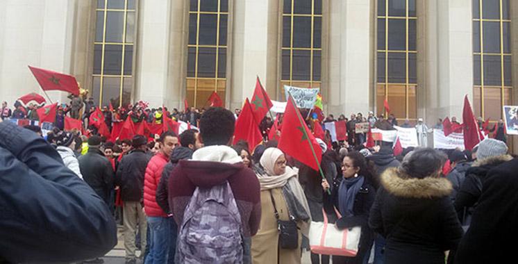 Intégrité territoriale : Sit-in sur la place Trocadéro à Paris