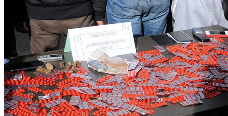 Salé : Saisie chez un trafiquant de 1.000 comprimés psychotropes et d'un kg de haschich