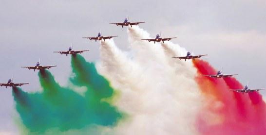 Aermacchi MB-339A, CASA C-101….  Des avions de combat dans le ciel marocain ?