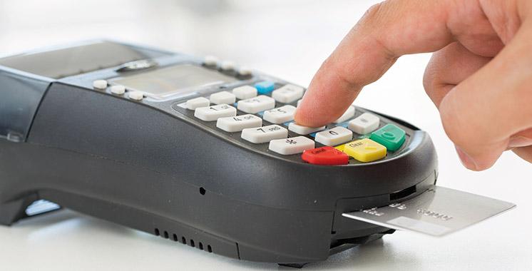 Activité des paiements par cartes bancaires: 2,36 milliards de dirhams de transactions à fin octobre