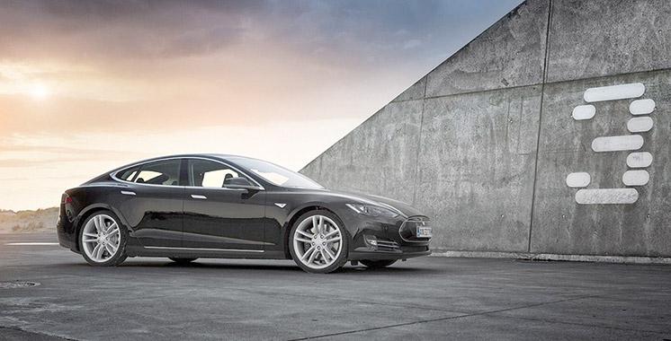 Tesla Model 3: Déjà près de 300.000 commandes!
