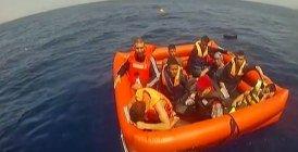 (Vidéo) Sauvetage de 500 migrants au large des côtes libyennes