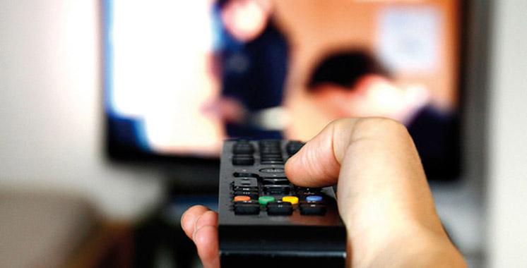 Ce que nous vendent les médias: Séries télévisées, langues de diffusion, origine des œuvres…