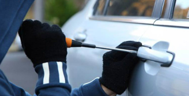 El Jadida : 3 malfrats dont une fille volent une voiture
