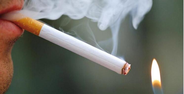 Les hommes toujours plus accros à la cigarette