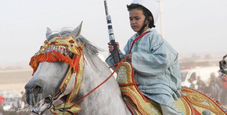 Enfant-Tbourida-cheval