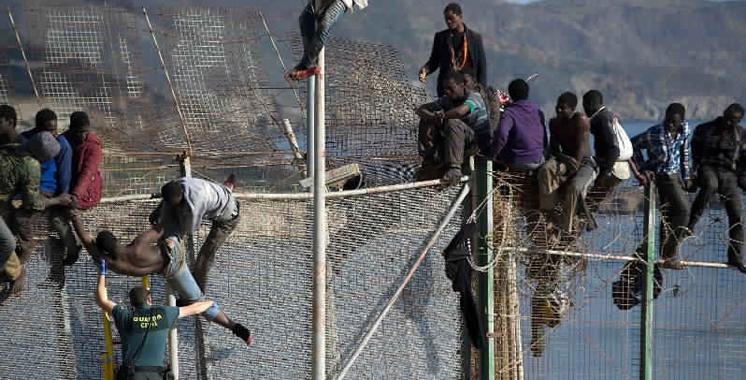 Avortement d'une tentative d'entrée de 400 subsahariens à Sebta