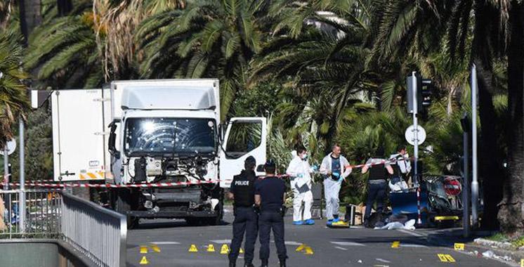 Attaque de Nice : le camion était chargé d'armes et de grenades