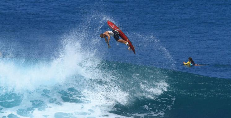 Agadir accueille les meilleurs surfeurs et bodyboardeurs en décembre
