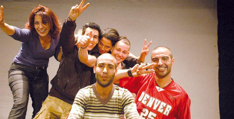 Grand tournoi d'improvisation théâtrale: Quatre équipes  internationales  s'affrontent sans filet !